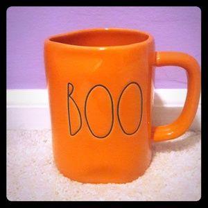 Rae Dunn orange BOO mug